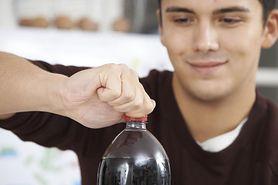 Cola rujnuje libido i wpływa na płodność. Zobacz, dlaczego jest taka niezdrowa