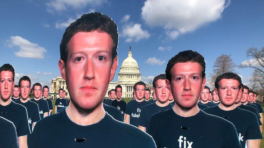 Algorytm Facebooka podejmuje niekiedy fatalne decyzje /Fot. GettyImages