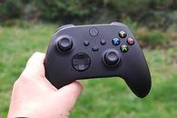 Spędziłem tydzień z Xbox Series X. Ta konsola ma szansę konkurować z Sony [Felieton] - Xbox Series X - pad
