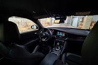 Alfa Romeo Giulia: Nowy system info-rozrywki, audio Harman Kardon i systemy wsparcia i ochrony - Piękna stylistyka i nowoczesne rozwiązania. Giulia przeszła bardzo pozytywne zmiany