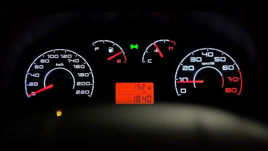 TomTom pracuje nad systemem powiadamiania kierowców o zagrożeniach, fot. Pixabay