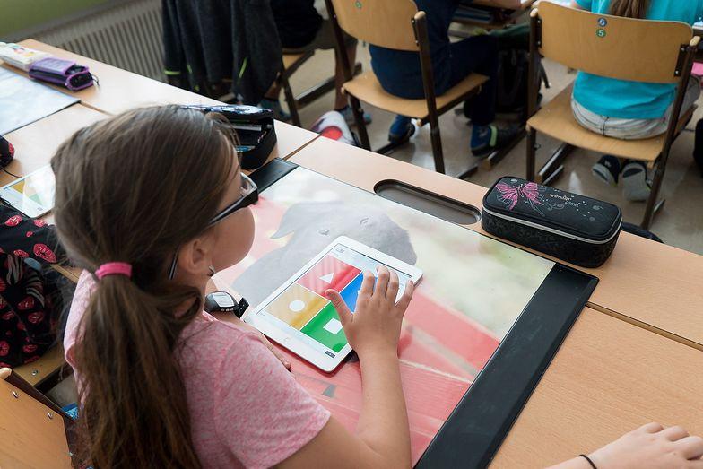 Nauczanie zdalne. Co z klasami I-III? Minister edukacji komentuje