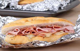 Pakowanie kanapek w folię aluminiową szkodzi zdrowiu