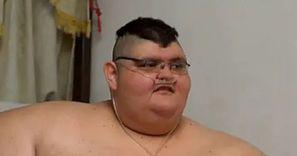 Ważył 595 kg. Teraz zachorował na COVID-19. Koronawirus zabił jego mamę