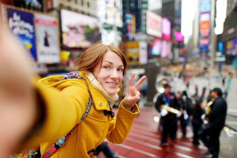 Psychologowie uznali, że robienie selfie to choroba. Sprawdź, czy masz objawy