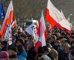 """""""3 razy weto"""". Demonstracja przed Pałacem Prezydenckim"""