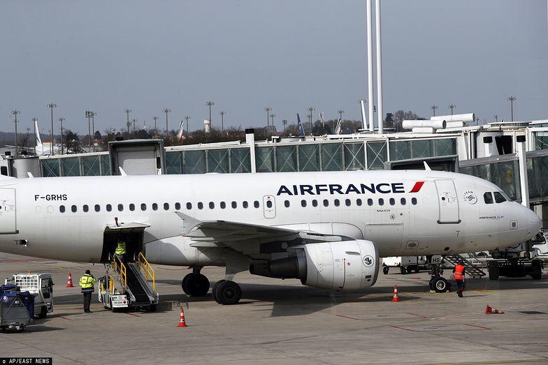 Paryż. Dziecko znalezione martwe w podwoziu samolotu