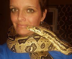 Kobieta zginęła straszną śmiercią. W domu było ponad 140 węży