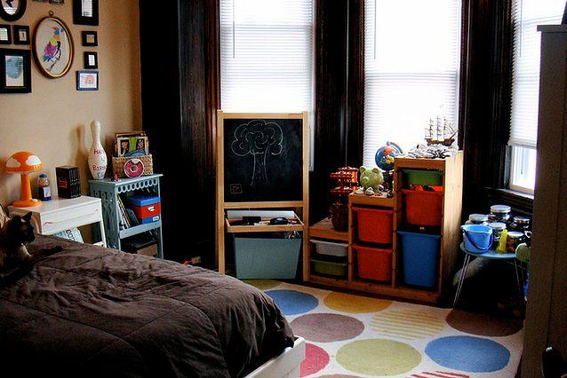 Niezbędne meble w pokoju dziecka