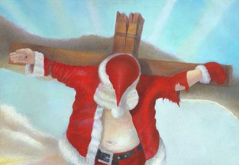 Artysta namalował ukrzyżowanego Mikołaja. Wystawił go przed kościołem