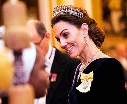 Olśniewająca księżna Kate. Błyszczała na przyjęciu dla dyplomatów