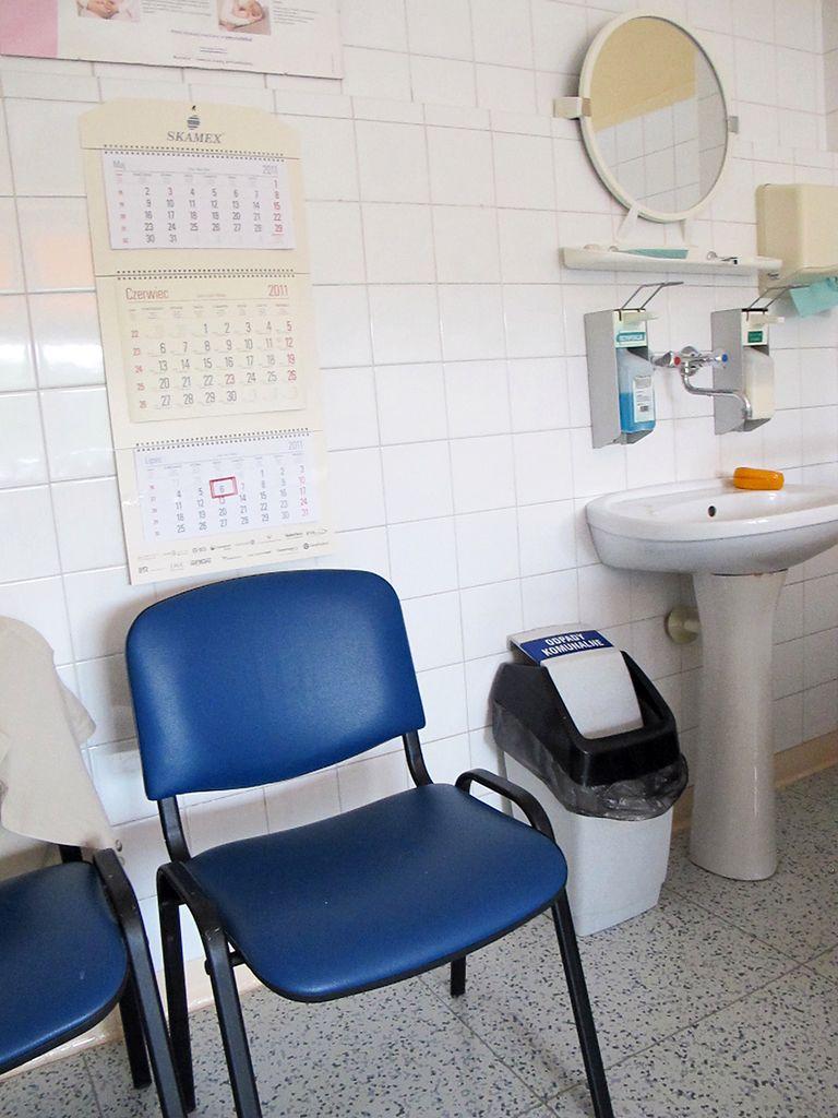 Umywalka w sali
