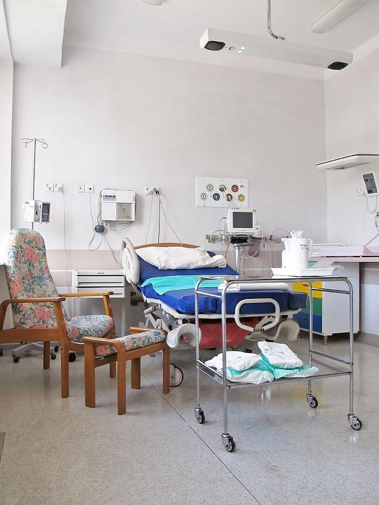 Widok sali porodowej