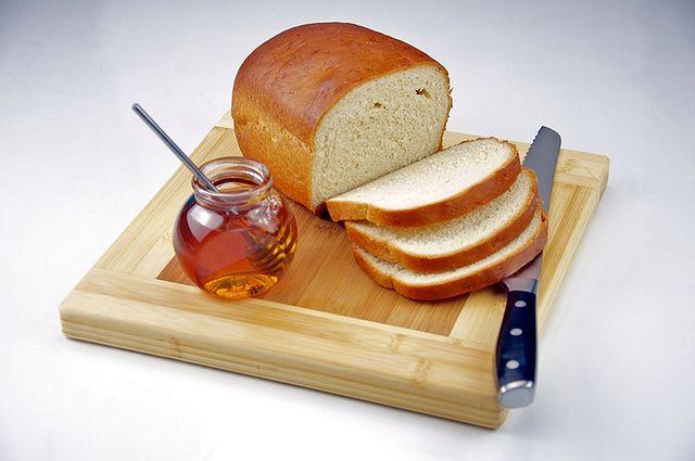 Miód – 64 kalorie na łyżkę