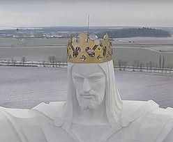 Z anten na głowie Jezusa z Świebodzina śmiał się cały świat. Kuria nie wytrzymała