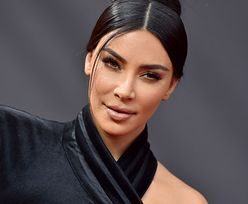 """Kim Kardashian jako nastolatka. Pokazała zdjęcie z czasów """"przed operacjami"""""""