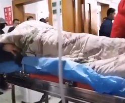 Koronawirus z Chin. Wstrząsające nagranie pokazuje zarażoną osobę