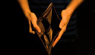 Państwo zabiera za dużo z naszych pensji? Polacy nie powinni narzekać
