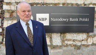 Ciemne chmury nad szefem NBP. Pytanie o przyszłość Adama Glapińskiego