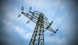 Rząd robi co może, by prąd nie zdrożał. I tak zdrożeje. Tylko po wyborach