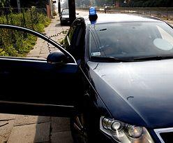 Oszust udający policjanta zatrzymywał kierowców w Grodzisku Mazowieckim. Został zatrzymany po pościgu