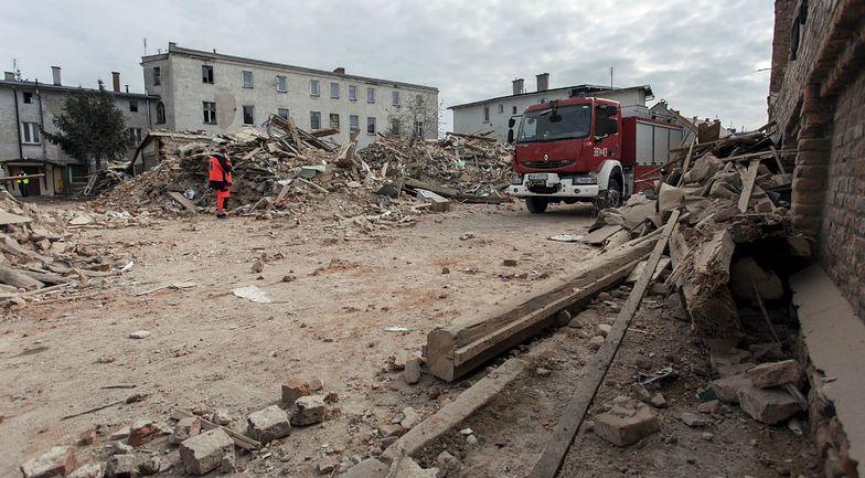 Między gruzami w Świebodzicach znaleziono granat