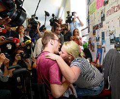 Niepełnosprawny syn Iwony Hartwich z zakazem wejścia do Sejmu. Jest zmiana decyzji