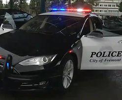 Auto policji zgasło podczas pościgu. Tesla się rozładowała