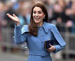 Księżna Kate zdjęła pierścionek zaręczynowy. Czy to oznaka kryzysu?