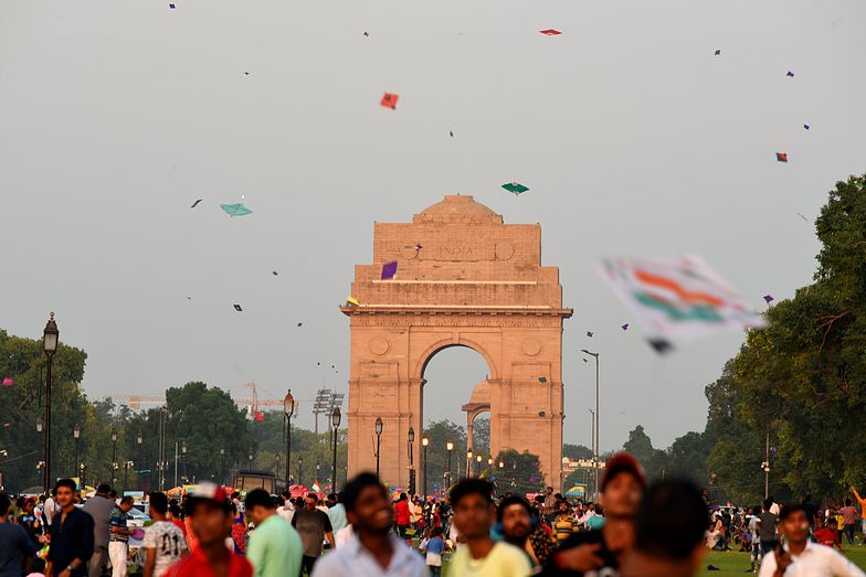 NEW DELHI, INDIA - AUGUST 15: People fly kites on the occasion of 73rd Independence Day, near India Gate, on August 15, 2019 in New Delhi, India. (Photo Amal KS/Hindustan Times via Getty Images)