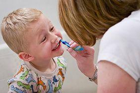 Kłopoty z myciem zębów przez dzieci