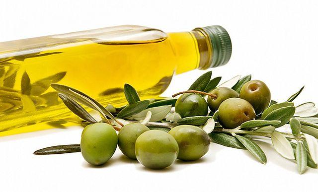 Oliwa z oliwek – z pierwszego tłoczenia