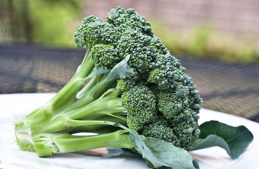 Liście brokułów