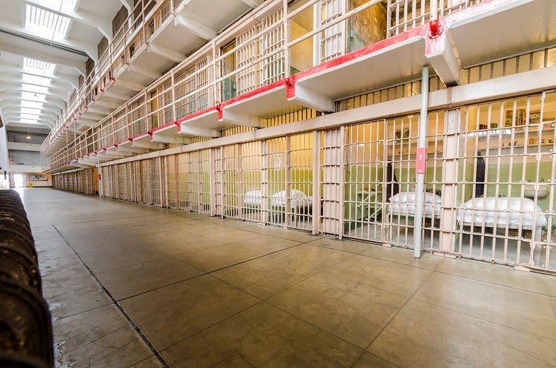 Niemcy. Imigrant zabił 15-latkę. Tajemnicza śmierć skazanego w celi