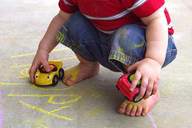 Samochodziki zabawki