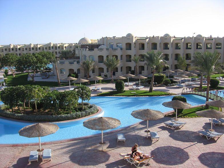 7-latek zatruł się w egipskim hotelu. Walczy o życie