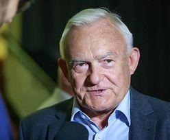 """Leszek Miller ambasadorem polskiej wódki. """"Koronawirus mi niestraszny"""""""