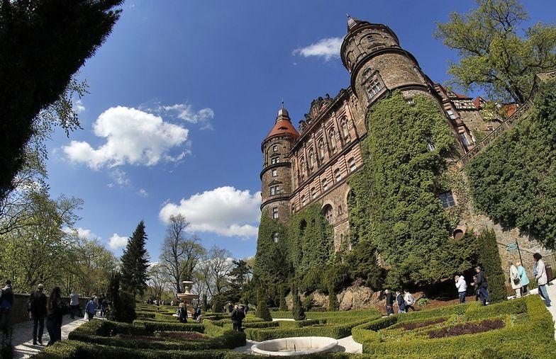 Sensacyjne odkrycie na zamku Książ. Nazistom nie udało się zniszczyć malowideł