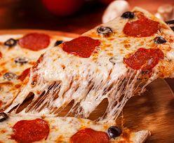 Domowa pizza może smakować jak z pizzerii. Kucharz zdradza, jak to zrobić