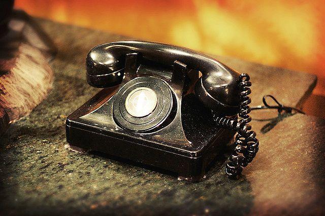 Nocne podjadanie - telefon do przyjaciela