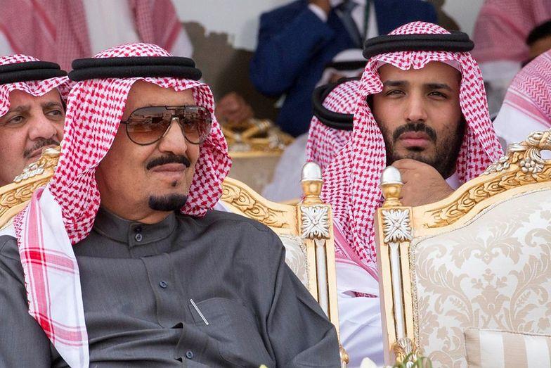 Muhammad ibn Salman (z prawej) i jego ojciec, król Salman.