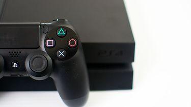 PS4 zostało złamane. Od złamania do uruchomienia pirackich gier jednak daleka droga