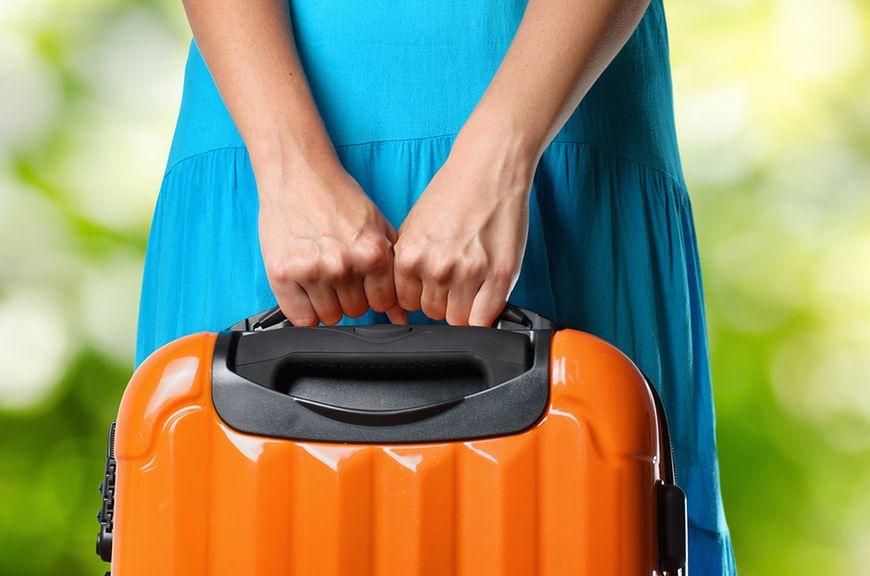 Umieszczenie bagażu w autokarze