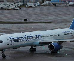 Samolot ewakuowany. Dym na pokładzie