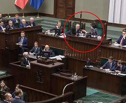 """Cichy bohater nocnej awantury w Sejmie. """"Pani Marszałek, tak nie można"""""""