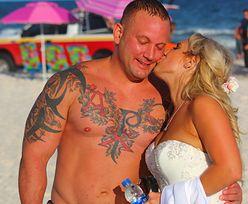 Podczas ślubnej sesji na plaży w USA pan młody uratował tonącego nastolatka