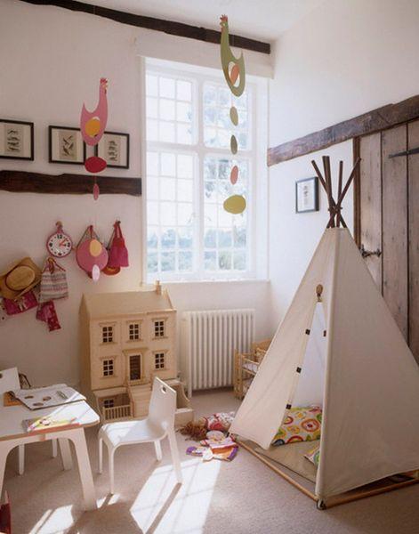 Schludny pokój dziecięcy