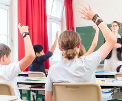 """Uczniowie będą chodzić do szkoły w soboty? """"Przepisy przewidują taką możliwość"""""""