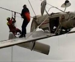Pilot wypadł z samolotu. Dramat w Alpach
