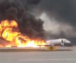 Awaryjne lądowanie płonącego samolotu w Moskwie. Nie żyje 41 osób
